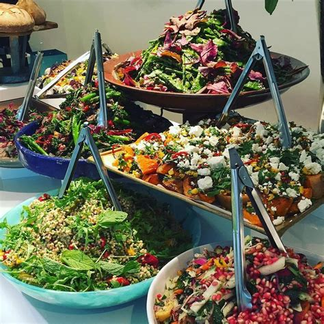 5 Tips for Planning Your Corporate Summer Party   Catering