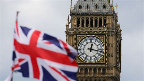 PM: 'Can't be right' for Big Ben to be silent for four