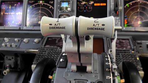 737 VS A320|Basic Cockpit Differences - YouTube