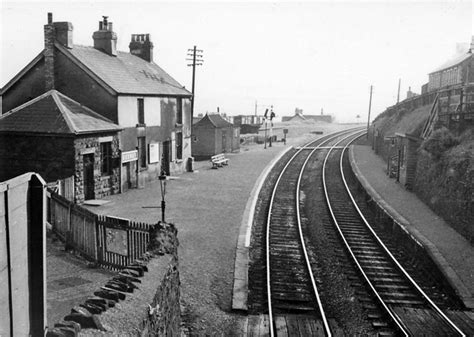 Bedwas Station © Ben Brooksbank :: Geograph Britain and