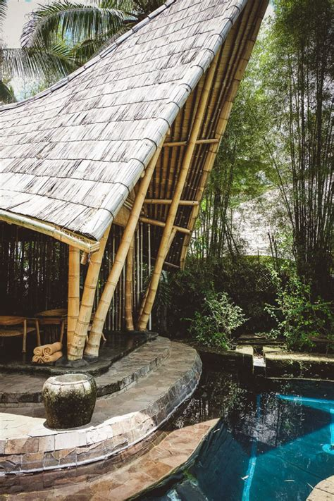 The Breathtaking Private Homes of the Green Village [ BALI