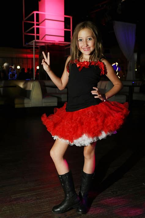 Noah Cyrus Photos - 2009 Teen Choice Awards Pre-Party