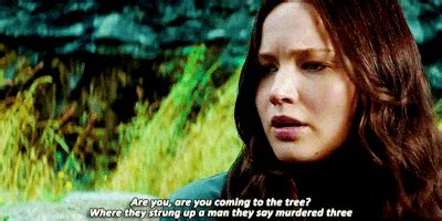 'The Hunger Games: Mockingjay Part 1': Best Moments in GIFs