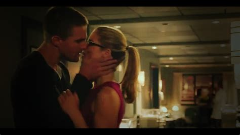 """oliver and felicity [the kiss]   """"you've fallen for her"""