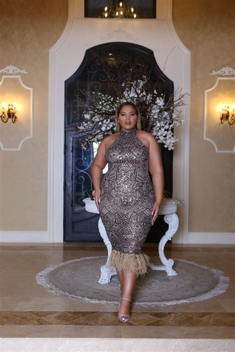 CLARA gold sequinned dress | The Diva Kurves Collection