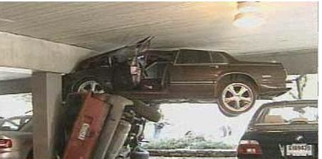 Strange Car Accidents Pictures, Photos, Wallpapers