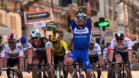 Cycling news – Magnificent Julian Alaphilippe triumphant