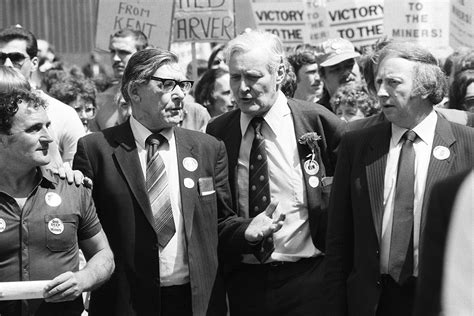 Tony Benn Tributes Pour in as Veteran Left-Wing Campaigner