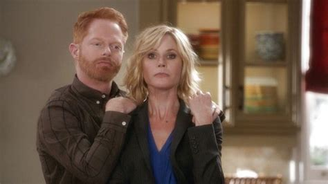 Modern Family 7x04 Ent-Man (She Crazy)